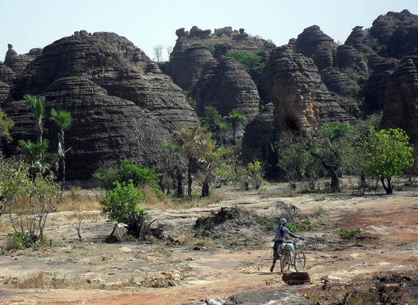 Domes Of Fabedougou, Burkina Faso Tour