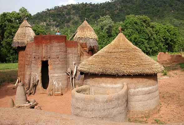 Traditional-Homes-Togo-Tours